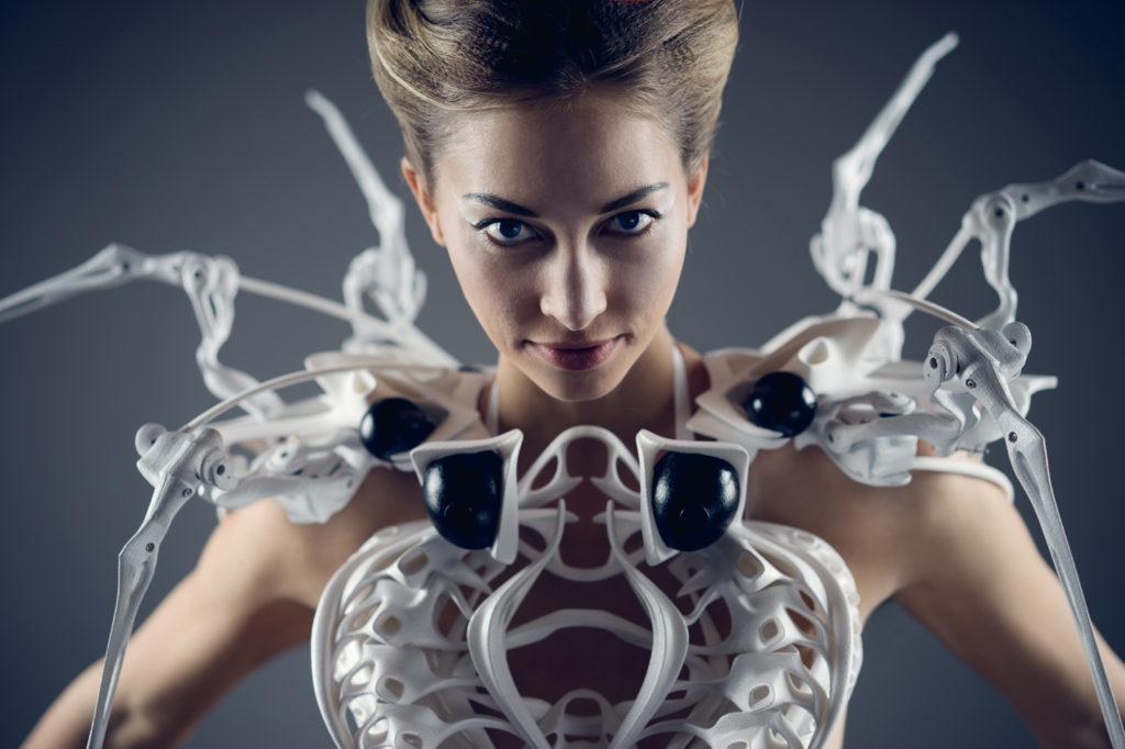 anouk wipprecht spider dress, realizzato tenendo conto della fisionomia degli animali